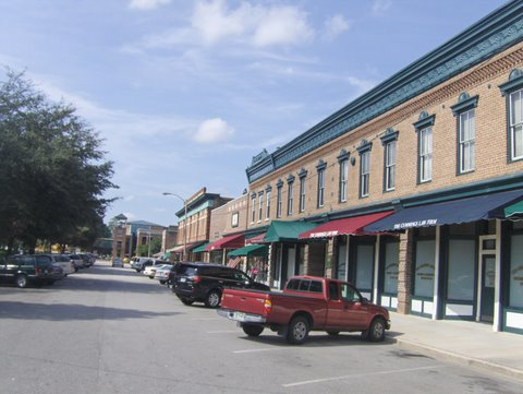 Summerville's Main Street