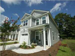 Townhome for Sale in Summerville, SC